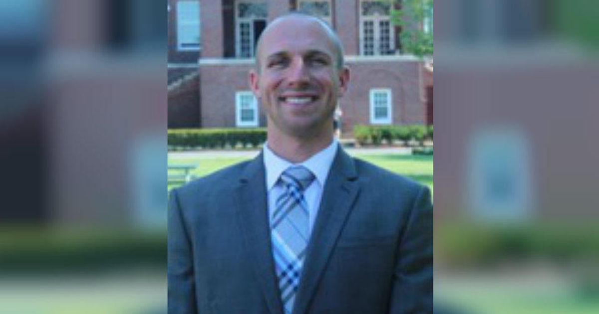 Former S.C. football coach accused of exchanging nudes